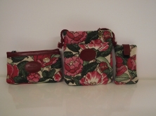 Pochettes en tissus à motifs fleuris